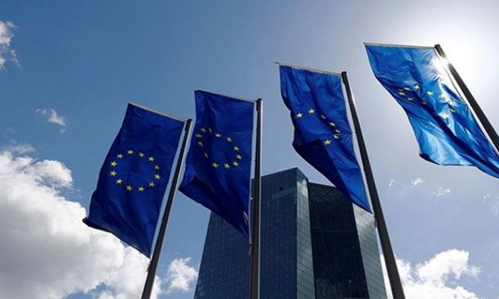 AB ülkeleri uyarıları dinlemedi, sınırları kaldıran Schengen'i fiilen askıya aldı