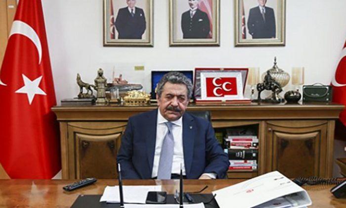 """""""Türk gençliği MHP diyor!"""""""