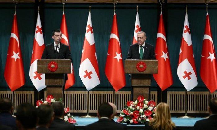Cumhurbaşkanı Erdoğan: Türkiye-Azerbaycan-Gürcistan iş birliğine Türkiye olarak varız
