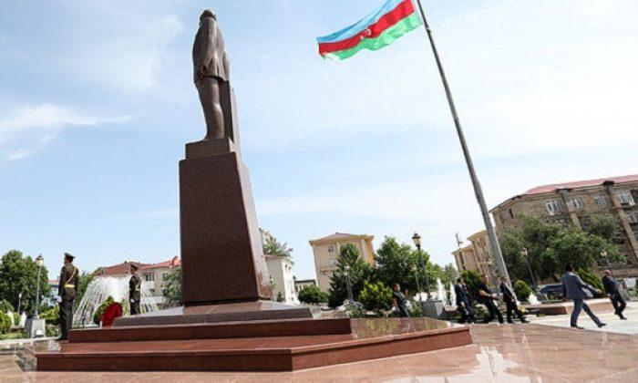 Azerbaycan'dan dünyaya çok kritik çağrı: Durdurun