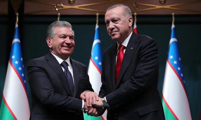 Cumhurbaşkanı Erdoğan, Özbekistanlı mevkidaşı ile görüştü