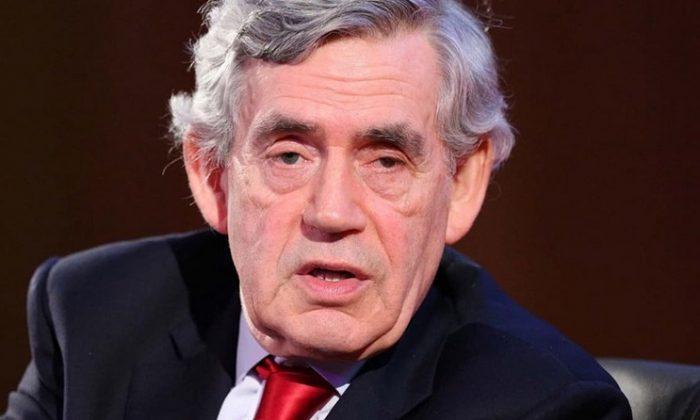 Eski İngiltere Başbakanı Brown'dan açık uyarı