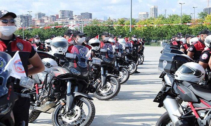 Türk Polis Teşkilatı'nın kuruluşunun 176. yılında Edirnekapı'da şehitler anıldı