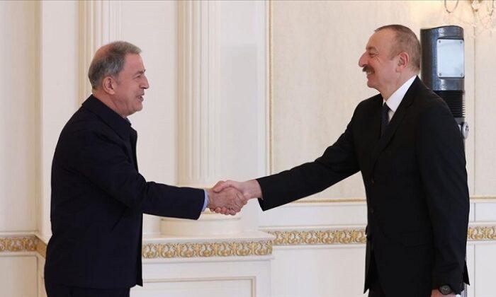 Bakan Akar ve TSK komuta kademesi Azerbaycan Cumhurbaşkanı Aliyev tarafından kabul edildi