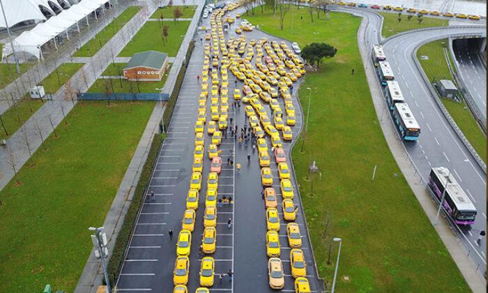 Yenikapı'ya taksici akını…