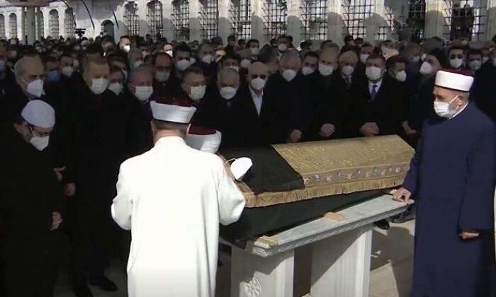 Hadis, tefsir ve fıkıh alimi M. Emin Saraç son yolculuğuna uğurlandı