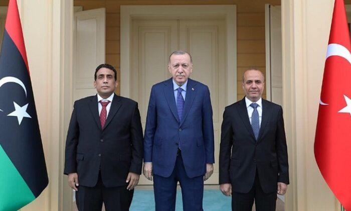 Cumhurbaşkanı Erdoğan, Libya Başkanlık Konseyi Başkanı Menfi'yi kabul etti