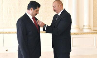 """Aliyev'den Türkiye'nin Bakü Büyükelçisi Özoral'a """"Dostluk Nişanı"""""""
