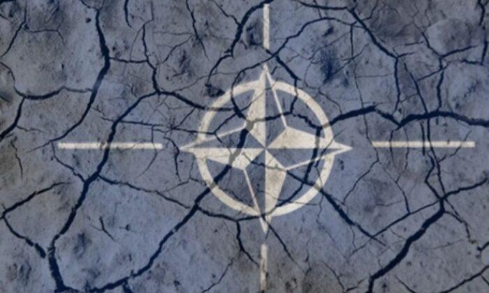 Rusya ile Ukrayna geriliminde NATO tarafını seçti