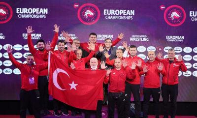 Milli güreşçi Rıza Kayaalp 10. kez Avrupa şampiyonu!