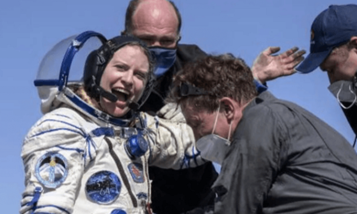 Van Gölü'nün fotoğrafını çeken astronot dünyaya böyle döndü