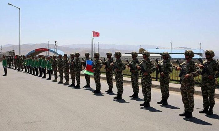 Azerbaycan ve Türk askerleri ortak tatbikat yaptı