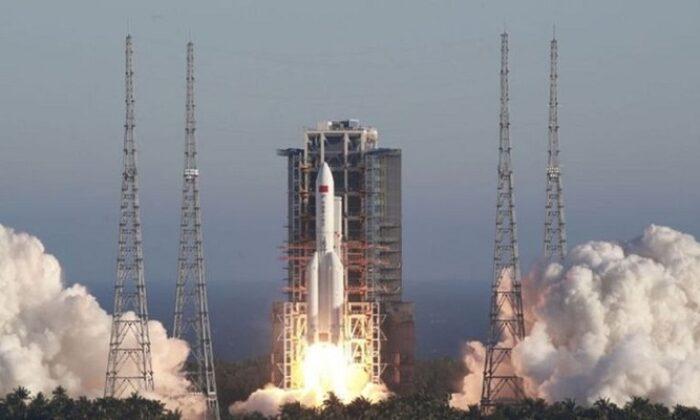 Çin roketi düştü Endişeli bekleyiş sona erdi!