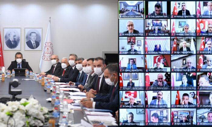 Bakanı Özer: Öğrenciler ve öğretmenler okula maske takarak gelecekler