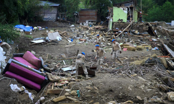 Karadeniz'deki sel felaketinde can kaybı 78'e yükseldi