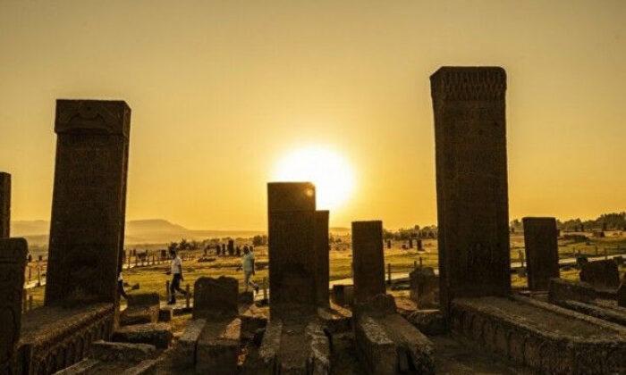 Anadolu'nun Orta Asya ile köprüsü Selçuklu Mezarlığı'