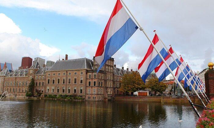Hollanda'da Partiler koalisyon kurup 169 gündür hükümet kurulamadı