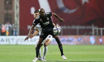 Altay, kendi sahasında Beşiktaş'ı 2-1 mağlup etti