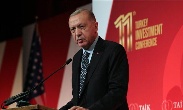 Erdoğan: ABD'deki iş insanlarına, Art niyetli faaliyetlere karşı sağlam duruş sergileyeceğinize inanıyorum dedi