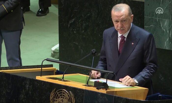 Cumhurbaşkanı Erdoğan'dan ABD'ye Afganistan tepkisi! 'Bu bedeli ABD ödemeli!