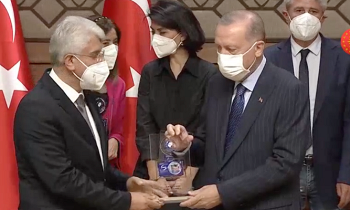 6. Anadolu Medya Ödülleri sahiplerini buldu! TÜRKGÜN yılın gazetesi seçildi!