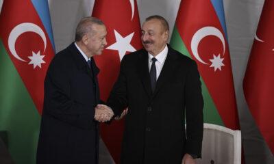 Aliyev'in yanında duyurdu! Cumhurbaşkanı Erdoğan'dan Ermenistan'a mesaj