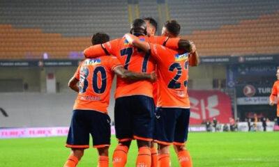 Emre'li Başakşehir kendine geldi! Beşiktaş ağır yaralı